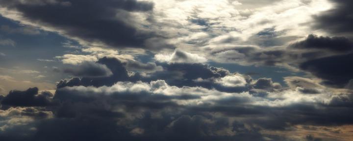 sky-1107579_1920